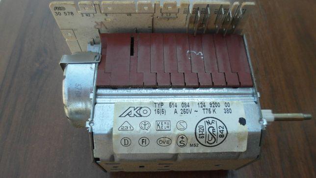 Программатор (селектор программ)стиралки AEG