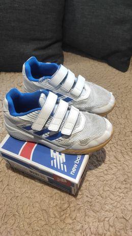 Продам кросівки adidas 34 р