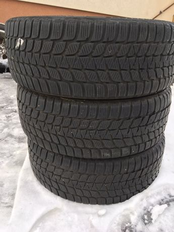 Bridgestone 225/45/19 Blizzak Winter 8 mm 1 szt Opona Zima