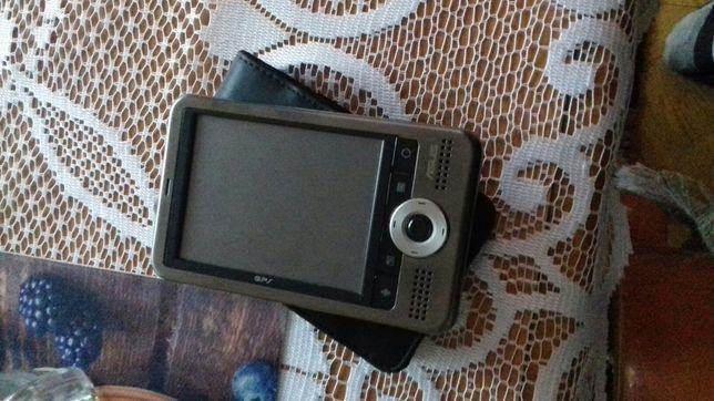 Sprzedam naw asus GPS bez karty pamięći