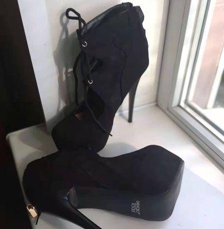 Туфли ботильоны на очень высоком каблуке Sergio Todzi 38 размер