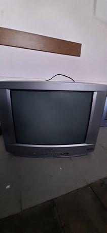 ...Telewizor LG...