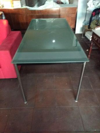 Mesa jantar Le Corbusier
