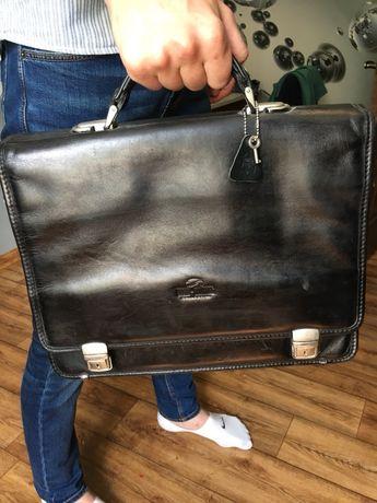 Кожаная сумка чемодан портфель