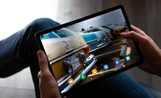 Планшет Samsung Galaxy Tab 10,1 Серебренный 2 sim GPS Корея