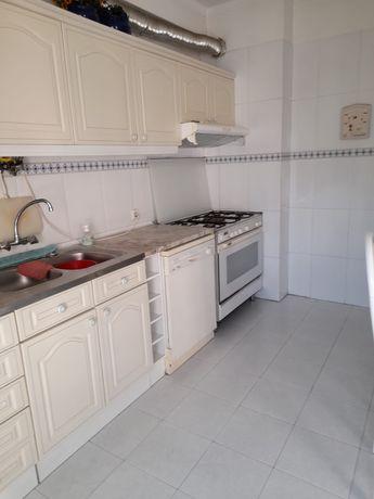 Alugo quartos em apartamento T2 em Coimbra
