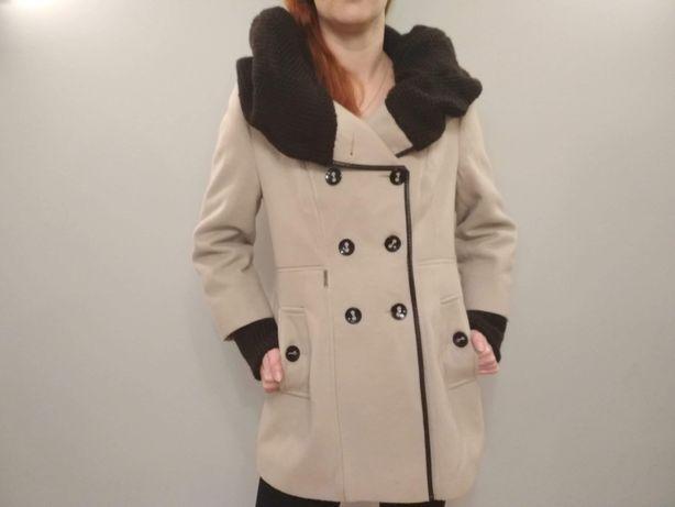 Płaszcz zimowy, ciepły, beżowy roz. 42