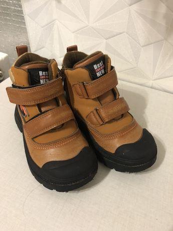 Демисезонные ботинки 25-26 размер