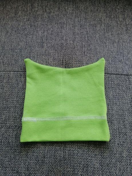 Zielona czapka z rogami