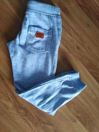 Spodnie dresowe, 116 cm.