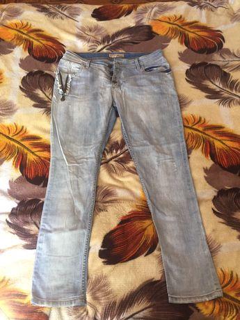 Продам джинсы , новые