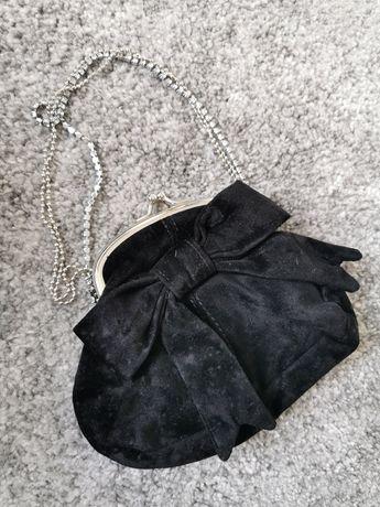 Mała czarna imprezowa torebka