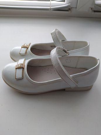 Туфли лаковые нарядные