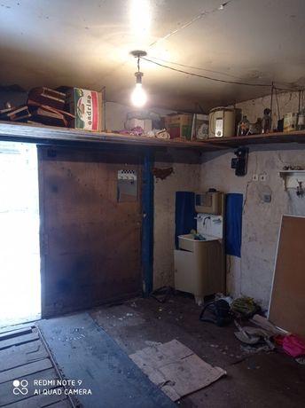 Продам гараж район маяка