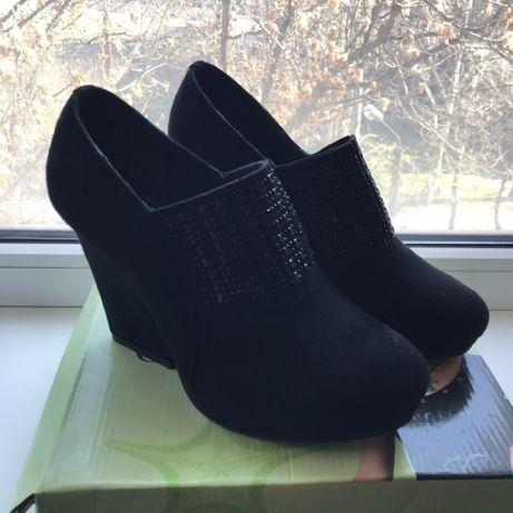 Женские ботильоны туфли