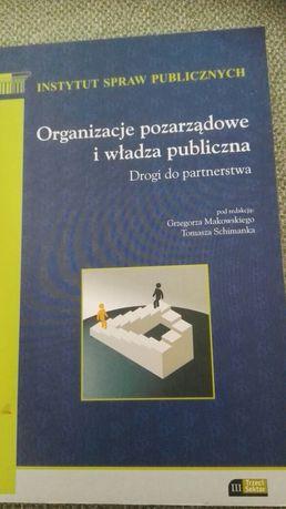 Organizacje pozarządowe i władza publiczna. Droga do partnerstwa