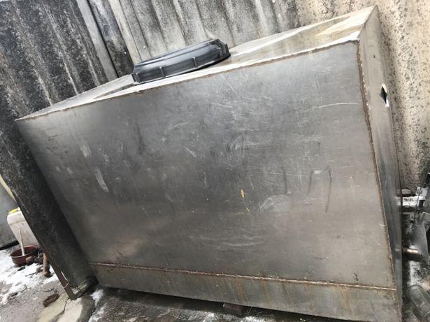 Продам ємність з нержавіючої сталі