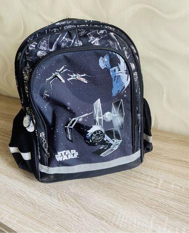 Потфель рюкзак школьный
