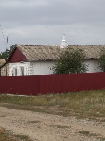 Продаётся дом в селе Докторове Новоандреевка Шыряевский район
