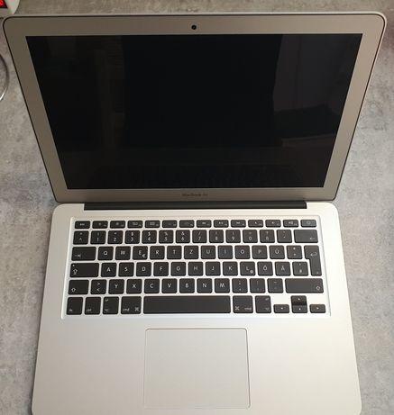 Macbook Airb13 - inch  A1466