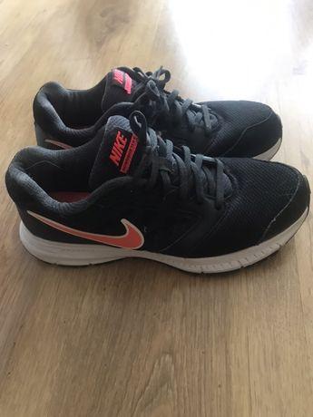 Buty sportowe Nike. Rozm.41