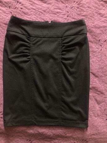 Czarna ołówkowa spódnica Tally Weijl