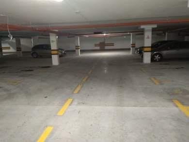 Miejsce parkingowe,miejsce postojowe,parking