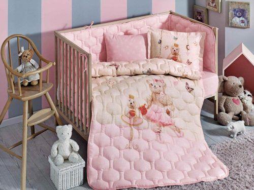 Наборы в кроватку с бортиками и одеялом для малышей - разные цвета