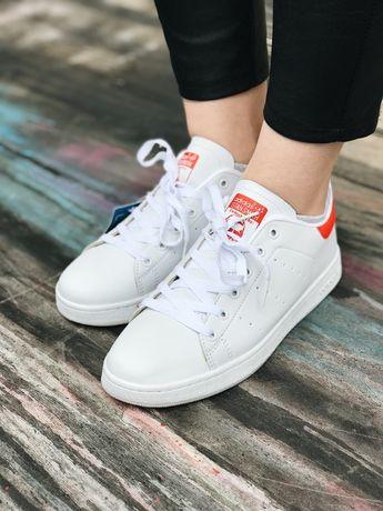 Кроссовки белые с красным задником Adidas Stan Smith Red Кожа