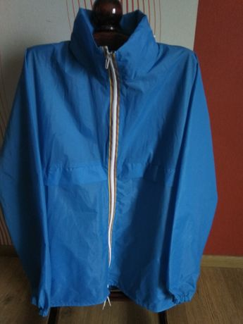 Куртка-дождевик, 48-50 размер.