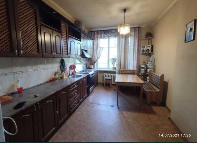 Продам 2х комнатную квартиру возле метро Пушкинская