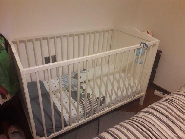 Berço de bebê + colchão
