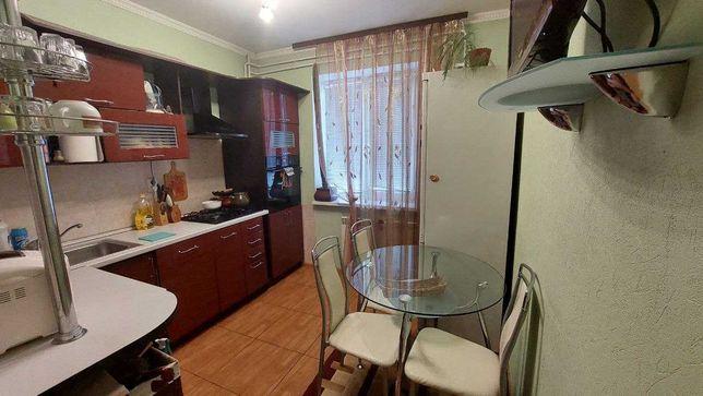 м. Позняки улица С. Крушельницкой  3 продам 2х квартиру