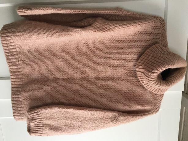 Reserved 2020 sweter pudrowy róż golf zara