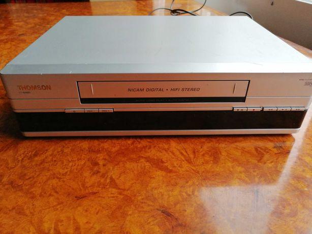 Odtwarzacz kaset VHS Thomson VTH6400E + ok. 100 filmów