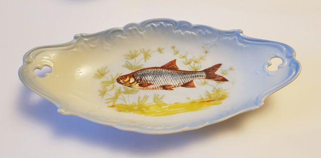 Półmisek porcelanowy z rybą ryba porcelana Ćmielów PRL