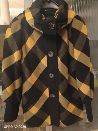 Пальто женское 800 руб