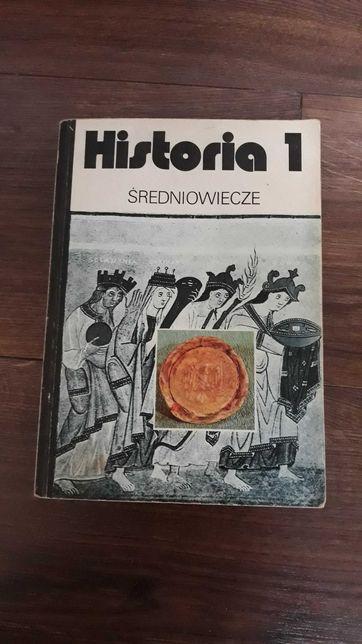 Podręcznik książka czarne grzbiety średniowiecze