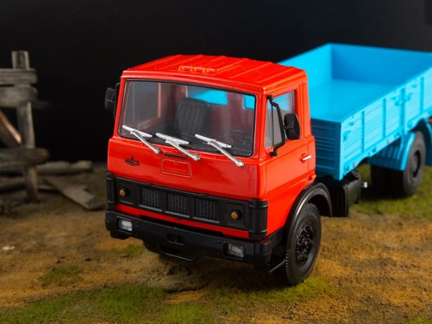 МАЗ 5337 бортовой - серия Легендарные грузовики