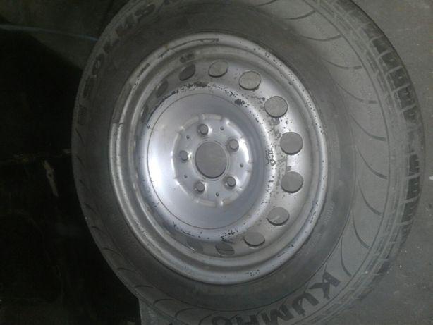 Запаска на Мерседес Вито 1-но колесо.