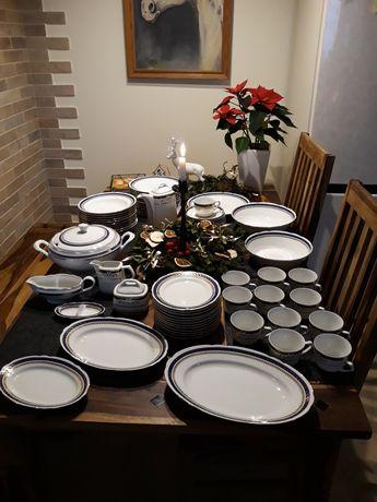 Wyjątkowy serwis obiadowy, porcelana, Ćmielów, 12osobowa