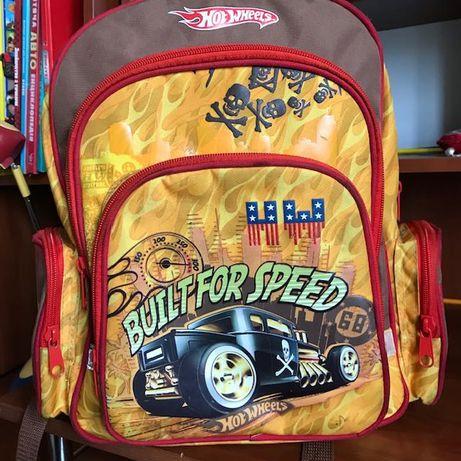 Рюкзак Hot Wheels в который влюбишься