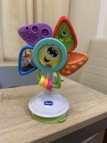 Погремушка игрушка chicco на присоске