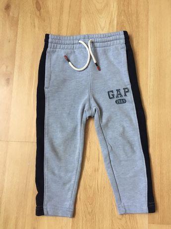 Спортивні штани на флісі GAP