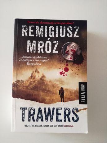 Trawers Remigiusz Mróz