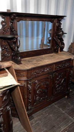 Mobiliário de Carvalho de Caça Estilo Henrique II - Trinchante Grande