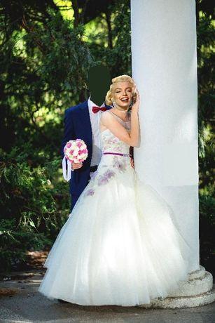 Suknia ślubna z kwiatami 34/36 + gratisy