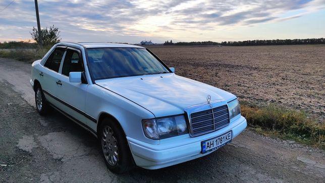 Продам Mercedes-Benz E200