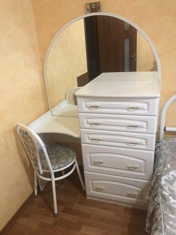 Комод + столик + стул