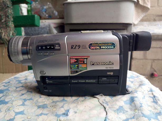 видеокамера Panasonik на запчасти, требует ремонта.